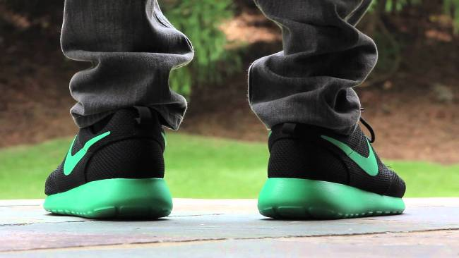 nike roshe run trainers review